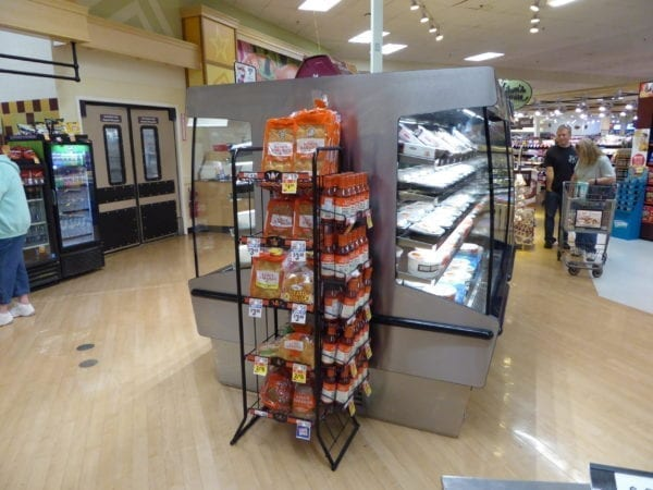 Combination Hot and Cold Packaged Food Merchandiser - Atlantic Food Bars HCI7872 3