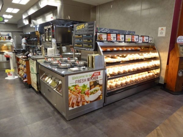 Low Profile Hot Grab & Go Chicken Merchandiser with 6-Well Soup Station WRGCL9637 SW6030 3
